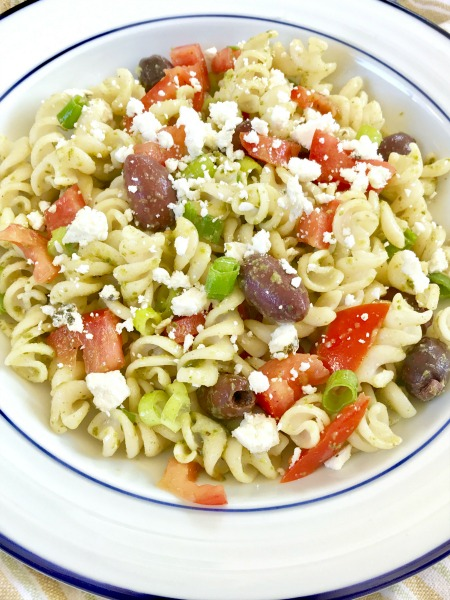 Try this super-easy, gluten-free pasta salad for this week's meal prep!
