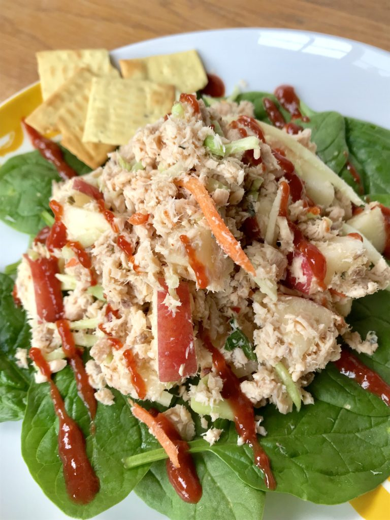 Salmon salad - quick and easy!